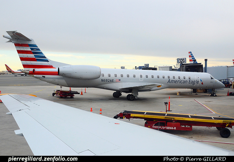 Pierre GILLARD: American Airlines & American Eagle &emdash; 2016-510583