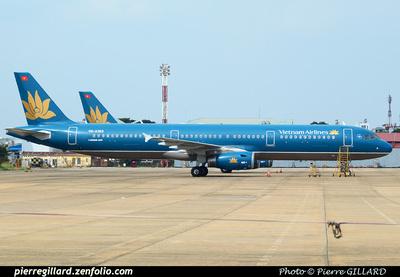 Pierre GILLARD: Vietnam Airlines &emdash; 2014-503199