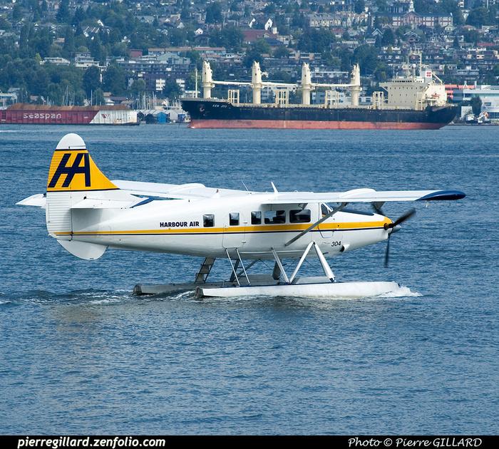 Pierre GILLARD: Harbour Air &emdash; 2005-4369