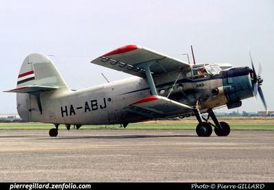 Pierre GILLARD: Antonov An-2 &emdash; 005983