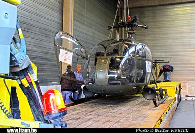 Pierre GILLARD: 2015-08-29 - Transport de l'Alouette II G95 de Diegem à Brasschaat &emdash; 2015-WVL-0150