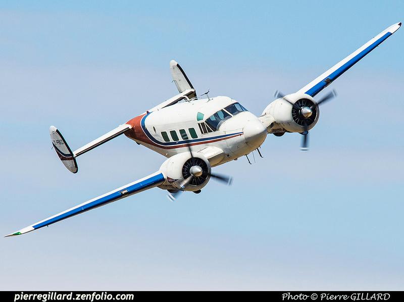 Pierre GILLARD: Parachute Jumping - Parachutisme &emdash; 2015-416156