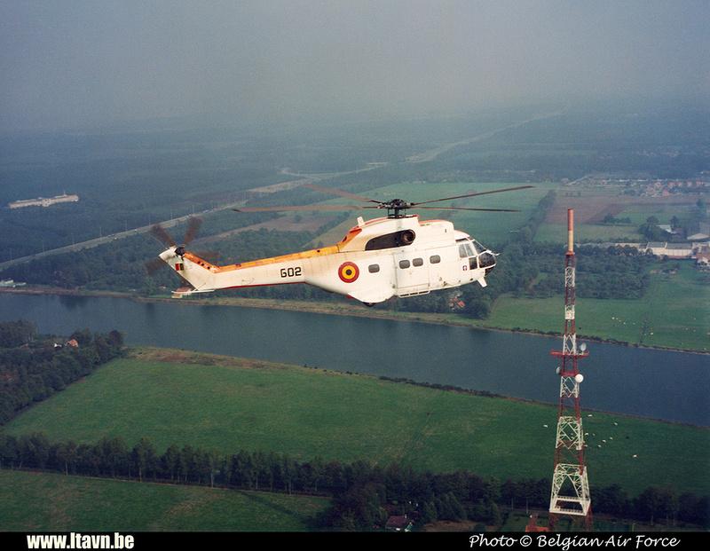 Pierre GILLARD: Aéronefs : Aérospatiale SA-330 Puma &emdash; G02-008382