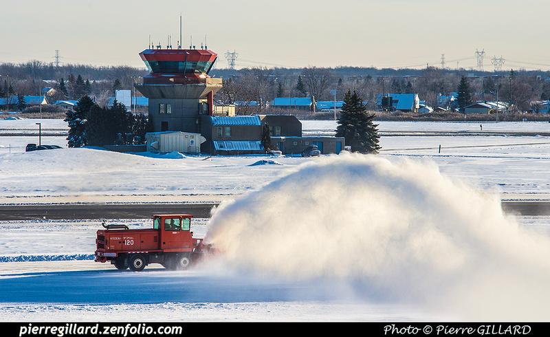 Pierre GILLARD: Canada : CYHU - Saint-Hubert, QC &emdash; 2016-419464