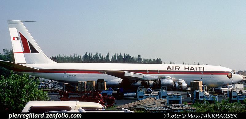 Pierre GILLARD: Air Haiti &emdash; 020265