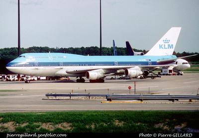 Pierre GILLARD: KLM &emdash; 005750