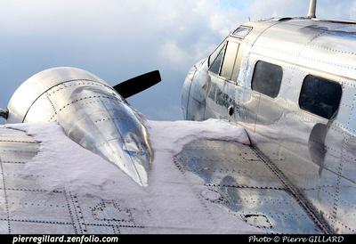 Pierre GILLARD: Beechcraft 18 CF-ZWY-X &emdash; 2014-405567