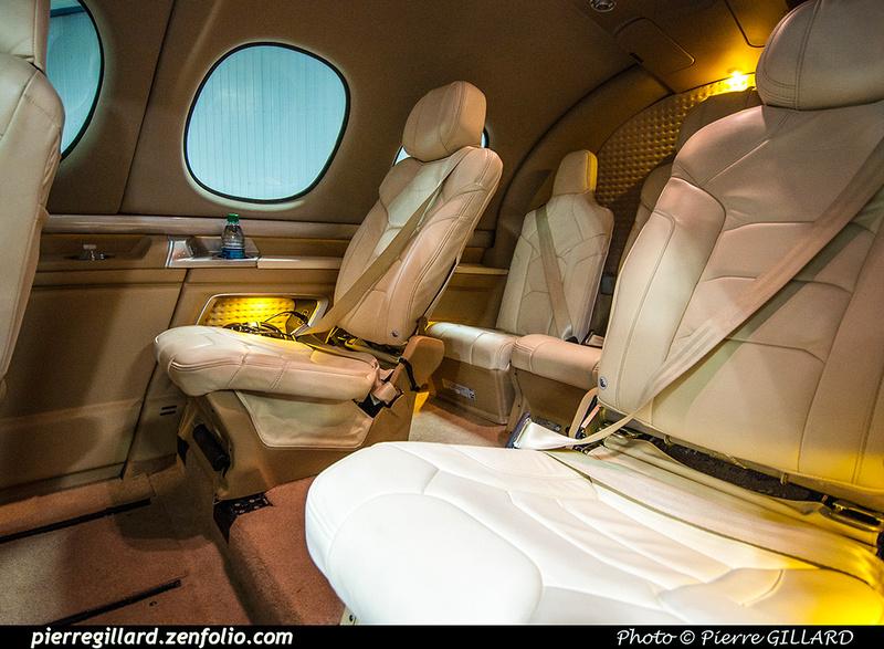 Pierre GILLARD: 2017-05-08 et 09 - Présentation du Cirrus SF50 Vision Jet chez Aeroteknic &emdash; 2017-322556
