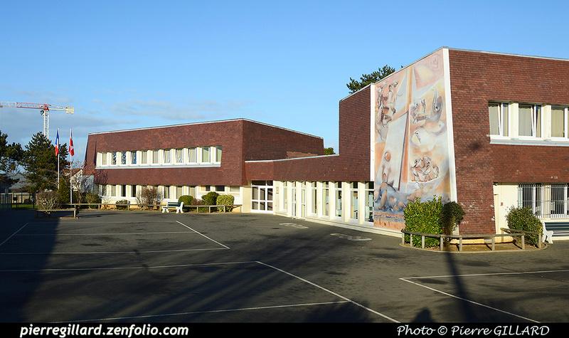 Pierre GILLARD: Courseulles-sur-Mer &emdash; 2017-518873
